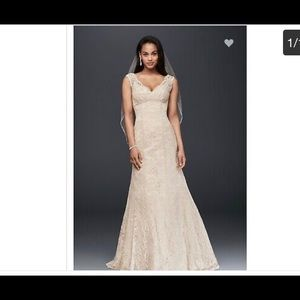 Beaded Lace Trumpet Wedding Dress